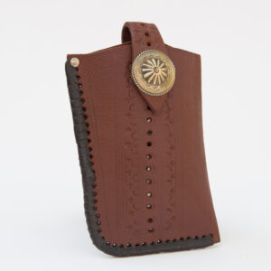 SK-258TT_handmade_leather_phonecase_western_tribal_southwestern_brown_large_concho_