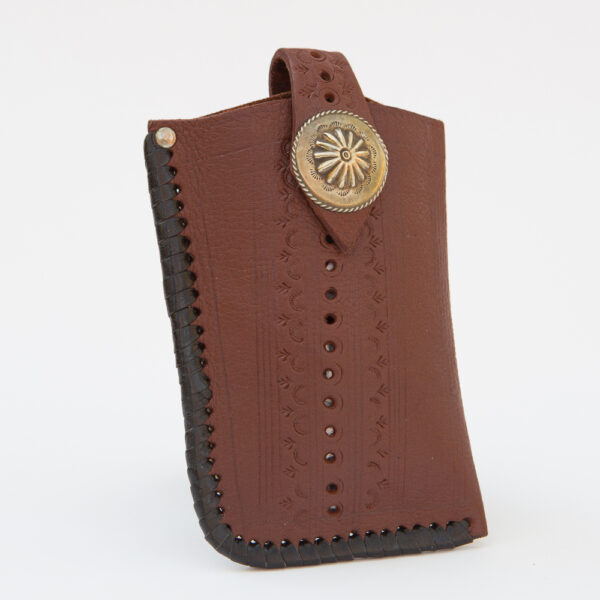 SK-258TT_handmade_leather_phonecase_western_tribal_southwestern_brown_large_concho_